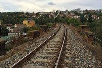 Broušení kolejnic u Bubenče, Holešovic a Rokytky: Počítejte s nočním hlukem