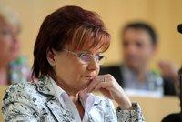 Vydejte poslankyni Nohavovou k trestnímu stíhání, doporučil výbor
