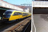 """Svrab mezi stevardy RegioJetu. Jančurovy vlaky """"dojely"""" na plíseň ze Slovenska"""