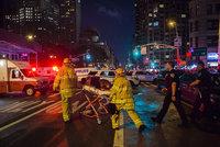 V New Yorku explodovala bomba přímo na Manhattanu: 29 zraněných