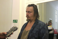 Česko chce vydat umělce Vorotnikova. Hostili ho Ztohoven i Schwarzenberg