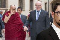 Ať Herman odejde z vlády, když se chce stýkat s dalajlamou, vyzval Ovčáček