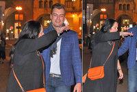 Hana Gregorová (64) se svým zajíčkem Ondrou (32): Láska přímo na ulici!