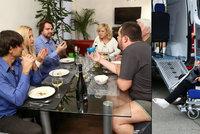"""Vypečené Prostřeno!: Krampolová na vozíku a """"spratek"""" Novotný v trenýrkách"""