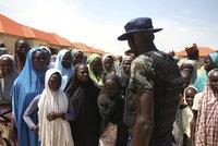 Přežily teror islamistů. Pak je znásilnili humanitární pracovníci