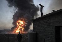 Kvůli ISIS mučíte a vraždíte civilisty, uhodili na Irák ochránci lidských práv