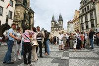 Do Česka míří čím dál více turistů. Oceňují bezpečí a levný pobyt