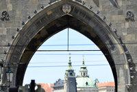 Průvodci turistů už jen s kvalifikací. Praha pro ně chce zavést povinnou odbornost