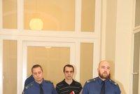 Tajné odposlechy v kauze taxivražd: Taxikáře nenávidím, svěřil se obviněný v cele