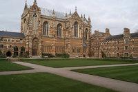 Univerzita v Oxfordu chce pobočku ve Francii. Aby jí brexit nesebral dotace z EU