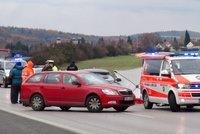 Nehoda na D4 před Prahou! Srazila se čtyři auta, dálnice byla uzavřená