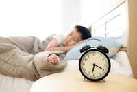 Šťastní lidé spí 7 hodin a 6 minut přesně, zjistili experti. A co ti smutní?