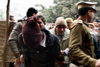 Turistka ohlásila skupinové znásilnění v 5* hotelu. Omdlela po drogách v pití v Indii