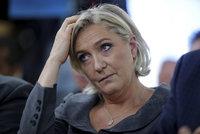 Le Penové to spočítal europarlament: Udělala nám škodu 135 milionů, tvrdí