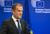Tusk mi zabil bratra, tvrdí Kaczyński. Polsko chce nového šéfa Evropské rady