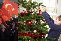 Neříkejte dětem o Vánocích, chtěli prý Turci po učitelích z Německa