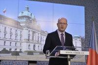 """Sobotka jako """"ministr průmyslu"""": Chce dostavbu Dukovan a levnější mobilní data"""