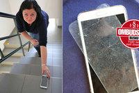 Míša si 6 let platila pojistku »na blbost«. Když kamarádce rozbila mobil, narazila!