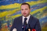 """Pochopí to i analfabet, rýpl si Jurečka. Představil """"bojový plán"""" ohledně vody"""