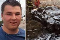 Roman (†17) si půjčil od mámy auto a havaroval: Tělo syna ve vraku našel táta