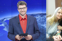 Ochrnutý moderátor Jančařík: Unavený úsměv s kapačkou v ruce! Jak na tom je, popsala kolegyně Mráčková