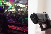Střelba v ráji: Útočník povraždil na hudebním festivalu v Mexiku nejméně 5 lidí