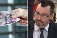 Zadlužené Čechy stojí osobní bankrot miliardu ročně. Kam jdou jejich peníze?