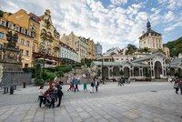 Karlovy Vary skupují podnikatelé z bývalého SSSR. Komu patří nemovitosti?