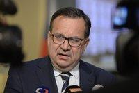 """""""Čechům neuškodí."""" Mládek hájil dohodu CETA, Sobotka ho jde sesadit na Hrad"""