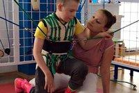 Sousedé pomáhají: Ve sbírce Jirkované vybrali peníze na postiženého Standu a Tomáška
