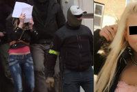 Slovenka pomočila a spálila korán: Dříve prý chodila s Arabem