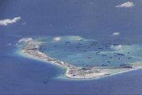 Čína zkouší trpělivost Trumpa. Rakety země-vzduch přesouvá do Jihočínského moře