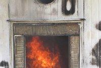 Hořící trafostanice byla pod proudem a nešla uhasit! Škoda je 10 milionů