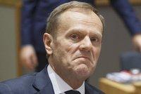 """Tuskovi jde o křeslo: """"Zavaří"""" mu jeho rodné Polsko?"""
