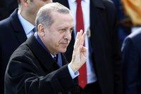 Čistka v Turecku: O práci nečekaně přišlo 3900 lidí z úřadů i škol