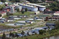 """Nová je v provozu, """"starou"""" opraví: Rekonstrukce čistírny odpadních vod v Praze vyjde asi na 4 miliardy"""