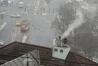 Češi si nenechávají čistit komíny, za zimu jich vzplanulo 800