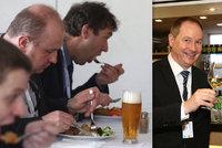 """ONLINE sjezd STAN: Gazdík v čele, karbanátky s pivem i """"svatba"""" s lidovci"""