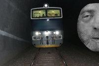 Tajemný muž skočil pod vlak v tunelu: Pokrčil rameny, sklopil oči a čekal, popsal strojvůdce