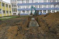 Praha 4 chce pomoci v době sucha. Radnice rozdá peníze na retenční nádrže