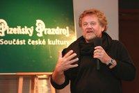 Fotograf Antonín Kratochvíl (70) bojuje o život: Rakovina hrtanu, těžká cukrovka