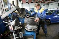 Máte přezuto? Výsledky testu zimních pneumatik přinesly šokující zjištění!