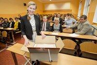Učitelé měli tutlat další výpadek Cermatu. Po slohu i u přijímaček na střední