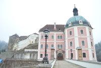 Karlovarský kraj: V lázeňském království ve středu Evropy najdete i úchvatné hrady a zámky