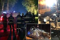Tragická nehoda na Benešovsku: Řidič po nárazu do stromu uhořel
