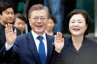 Jižní Koreu povede syn uprchlíků z KLDR, volby vyhrál na plné čáře