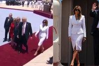 Prezidentské dusno. Trump chtěl vzít Melanii za ruku, manželka ho plácla