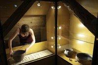 """Modřany se přesouvají tisíce let před náš letopočet: Startuje výstava """"Doba bronzová"""""""