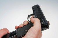 Ve škole v Denveru se střílelo. Několik lidí bylo zraněno, dva útočníci jsou ve vazbě