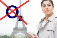 Čtvrt milionu zákazníků O2 se nedovolá z ciziny. Operátor: Asi dílo hackerů